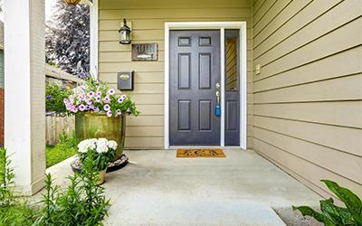a kültéri falfesték harmonizáljon a ház egyéb elemeihez