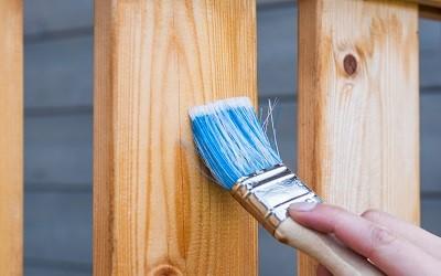 Fa, fém, műanyag felület festése beltéri falfestékkel