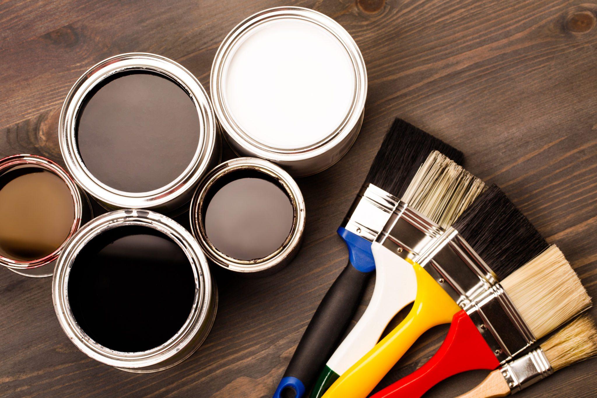 Hogyan tároljam megmaradt beltéri falfestékeimet, és festőeszközeimet? - Munka utáni teendők az eszközök védelmében.